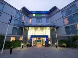 Holiday Inn Express London Swiss Cottage by Find Brentwood Hotels Top 57 Hotels In Brentwood United Kingdom