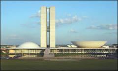 Lixão de Brasília sustenta 'indústria informal' | BBC Brasil | BBC ...
