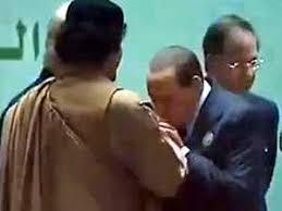 مقارنة بين حكام الخليج الخونة والقائد معمر القذافي Images?q=tbn:ANd9GcRQ1rWrcYH8JSL-lkvZjUYnSDziJiUrCSJxeO96BrSovC6PVDx3Kw
