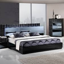 Contemporary Italian Bedroom Furniture Bedroom Entertaining Manhattan Panel Customizable Bedroom Set