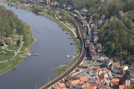 Bahnstrecke Děčín–Dresden-Neustadt