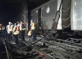 nyc subway door ripped off in serious derailment