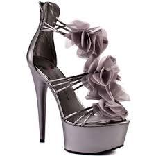 اجمل احذية Images?q=tbn:ANd9GcRS2NlxqKLjZqMNMi-Mi1vFbHPuusAmLNNNCei6Y-jTlvKbTZsINA