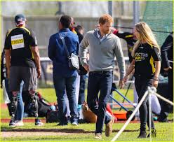 prince harry u0027s girlfriend meghan markle shuts down blog photo