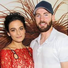 Entertainment News  Celebrity News  Celebrity Gossip   E  News Jenny Slate on Chris Evans   quot I Didn     t Think I Was His