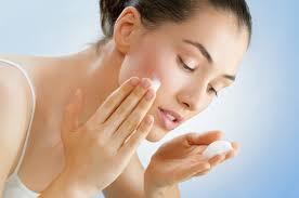 Как сделать кожу лица чистой и гладкой?