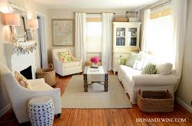 Tips To Decorate Home Ideas To Decorate A Small Living Room Facemasre Com