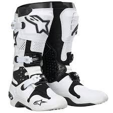 fox instinct motocross boots gear check fox instinct boots dirt action