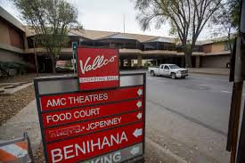 rogue one u0027 moviegoers upset after power outage at amc theater in
