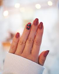 simple nail art tutorial for dainty floral nails u2013 a snippet of life