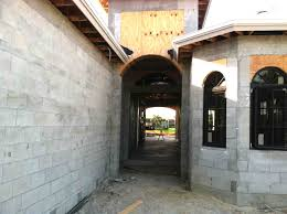 naples house building methods and construction