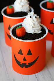 halloween dirt cake graveyard graveyard dirt cups mom loves baking