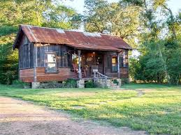 Small Houses For Sale Look Inside This Tiny Texas Lake Home Tiny Houses For Sale