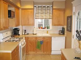 Kitchen Cabinets Nashville Tn by Too Much Kitchen Cabinet Molding Sunshineandsawdust