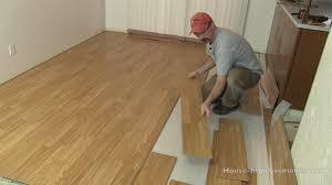 Hardwood And Laminate Flooring How To Remove Laminate Flooring Youtube
