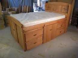 Build Your Own Platform Bed Base by Best 25 Full Bed With Storage Ideas On Pinterest Diy Full Size