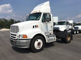 2004 volvo truck single axle daycabs for sale