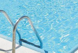piscina scoperta estiva