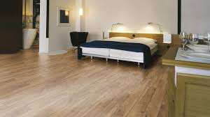 Toklo Laminate by Mammut Laminate 3077 Everest Oak Bronze Contemporary Bedroom