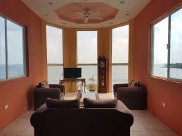 top 10 airbnb vacation rentals for a relaxing trip to belize city