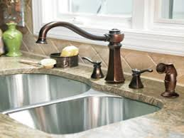 Moen Kitchen Faucets Oil Rubbed Bronze Bathroom 1 2 Bath Decorating Ideas How To Decorate A Small