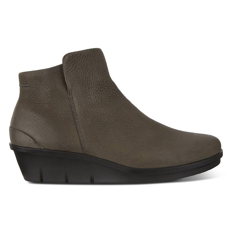 ECCO Skyler Wedge Bootie Warm Grey