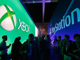 X Box Pics On A Bed Playstation 4 Ps4 Vs Xbox One Sales Business Insider