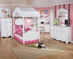 White Modern Bedroom Furniture Set Kid Bedroom Stripe Pattern And White Bedroom Furniture Set Theme
