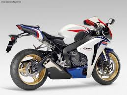 cbr bike latest model honda cbr 1000 rr fireblade 2533975