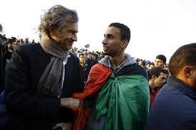 le Responsable de la révolution arabe  Images?q=tbn:ANd9GcRfR86LZsZT_Cxz0REjU0fXQL0-BWlJxlibCDqqY7RPH9Xcdx4X