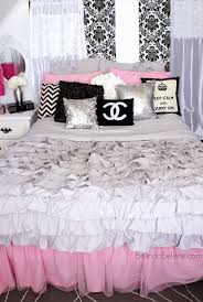 pink black and white bedroom ideas black white and pink bedroom