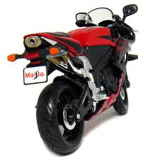 cbr motorbike price amazon com honda cbr 600rr motorcycle 1 12 scale red by maisto
