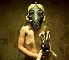 Joshua Hoffine: el fotógrafo del terror Images?q=tbn:ANd9GcRh4Y7-c0w7Uqi-MOPyZ-ES-AGVmgc3S7IDEuO2Vb9juB-mJZiflA