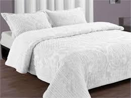 Ocean Themed Bedding Bedroom Ocean Bedroom Decor Design With White Bedspread And Brown
