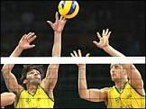 Brasil vence Itália e defenderá ouro no vôlei masculino