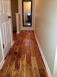 Laminate Flooring No Transitions Flooring I Love The Transition From Wood To Laminate Home Ideas
