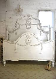 wow what an amazing headboard for your romantic boudoir features
