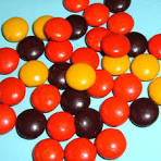 File:Reese's Pieces.jpg - via Daymix