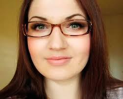http://asalasah.blogspot.com/2012/11/tips-penggunaan-kacamata-zaman-sekarang.html