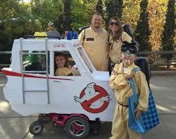 Group Family Halloween Costumes by 35 Group Halloween Costume Ideas Your Friends Will Love