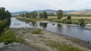Topolnitsa River