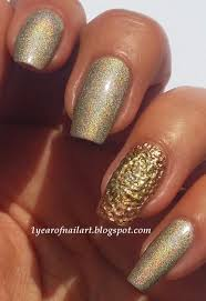 365 days of nail art golden holo nails with 3d nail art