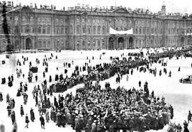 """""""1905: La huelga en la fábrica Putilov y el domingo sangriento"""" - publicado en enero de 2013 en el blog """"Cultura bolchevique"""" - en los mensajes dos textos del PCMLE relacionados con la revolución de 1905 Images?q=tbn:ANd9GcRm5AUgGCdQfeNaWpEMtBEQ66H62IQxw_zN1EXtybEleV3_fHGSkQ"""