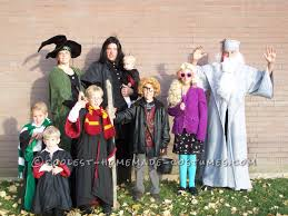 Family Of 3 Halloween Costume by Best 25 Harry Potter Family Costume Ideas On Pinterest