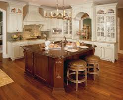 Maple Creek Kitchen Cabinets by 28 Best Traditional Style Cabinets Images On Pinterest Kitchen