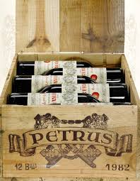 Primeira fotogarfia publicada no artigo Menos DUAS garrafas de Pétrus 1982 no mundo...