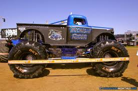 monster jam trucks 2014 midnight rider monster trucks wiki fandom powered by wikia