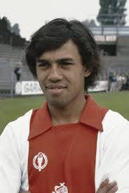 Simon Tahamata
