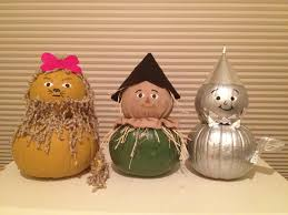 Halloween Tin Can Crafts Wizard Of Oz Pumpkins We Decorated These For A Contest At Work