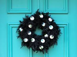 how to look scary for halloween 10 diy halloween wreaths diy network blog made remade diy